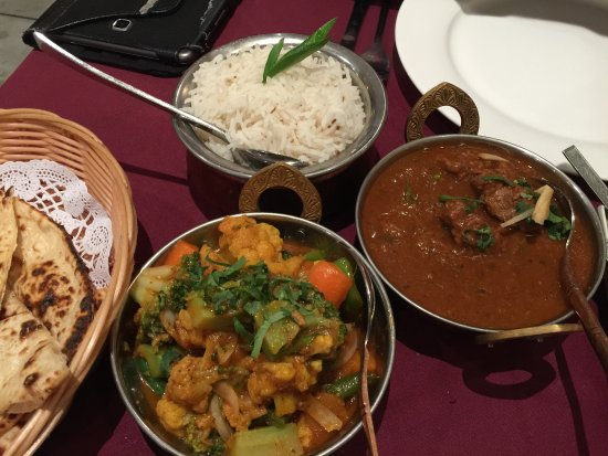 Mirchi Tadka Restaurant - Food Delivery Shop