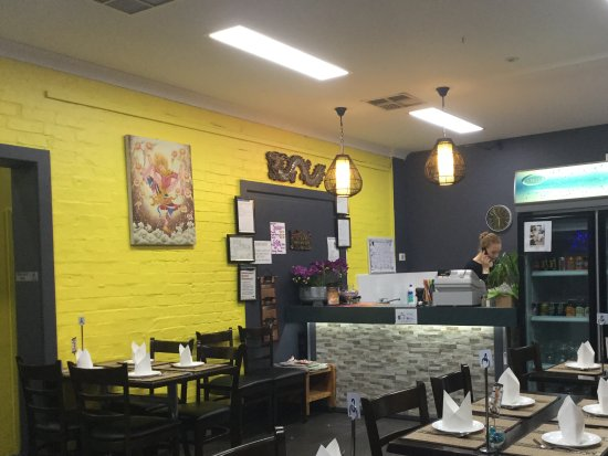 Aroi Thai Restaurant - Food Delivery Shop