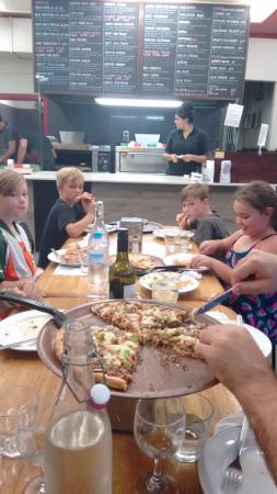 Normanhurst Pizza Cafe - Food Delivery Shop