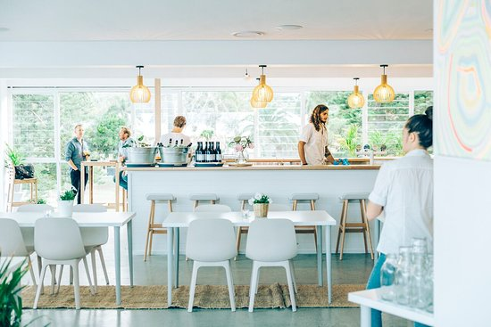 Avoca Surf House - Food Delivery Shop