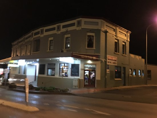 Commercial Hotel Motel Lithgow - Food Delivery Shop