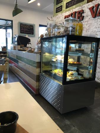 The Vale Cafe - Food Delivery Shop