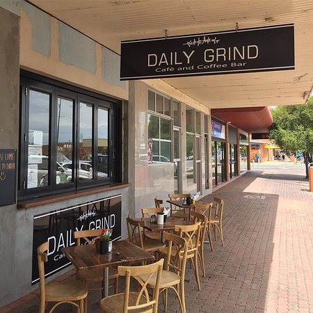 Daily Grind - Food Delivery Shop