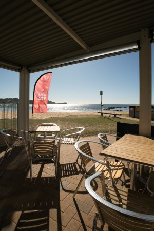 Avoca Beach Seafoods - Food Delivery Shop