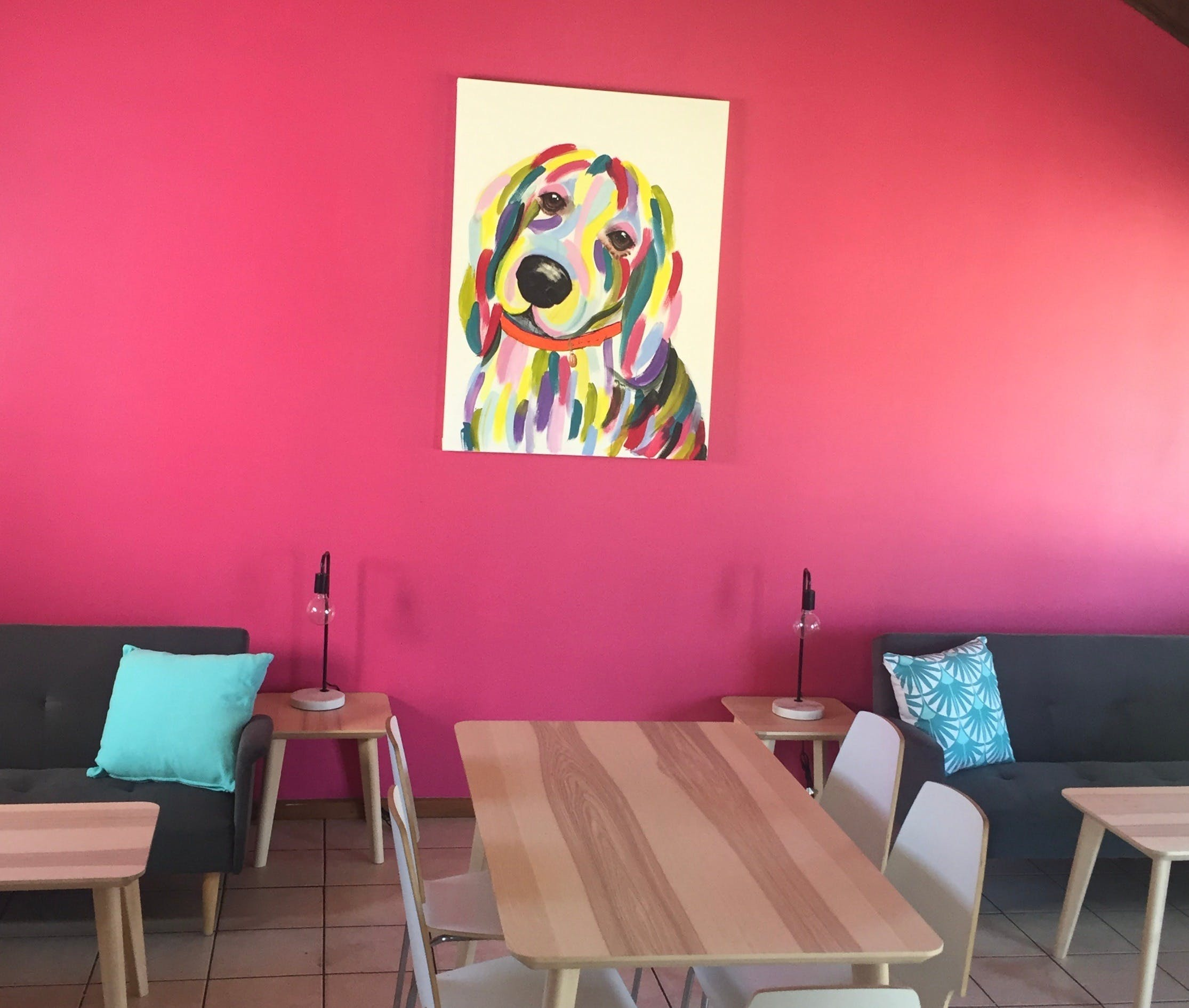 The Fat Beagle Coffee Shop - Food Delivery Shop