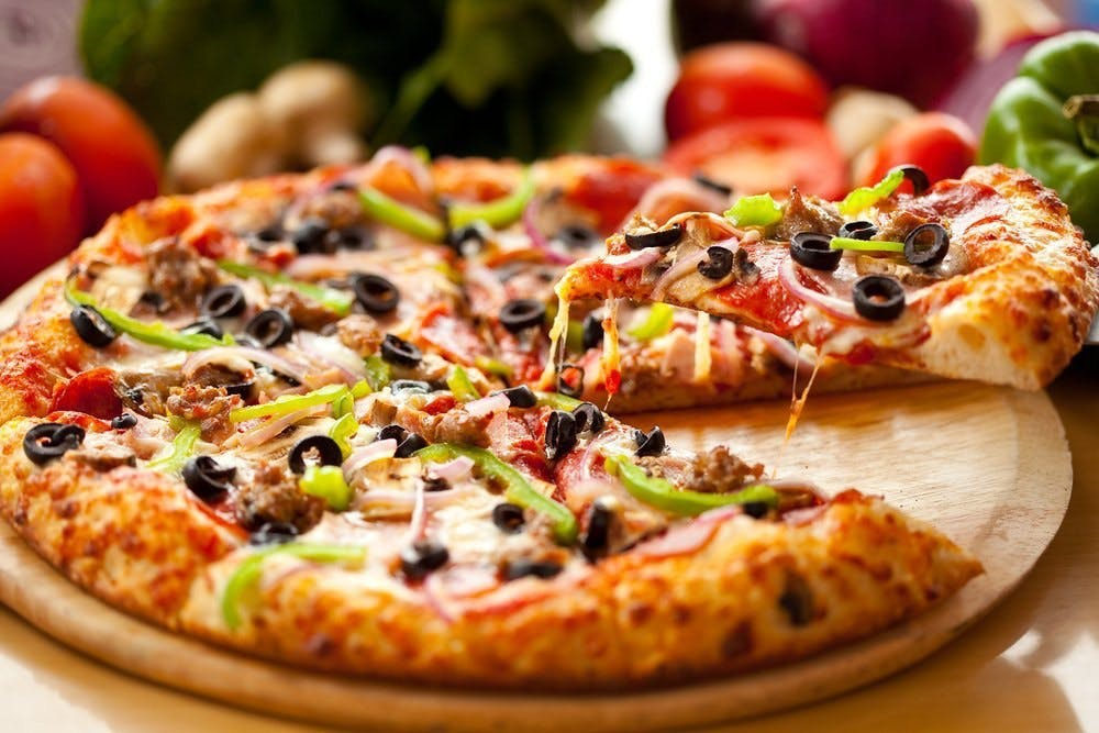 Pizza Hut - Elanora - Food Delivery Shop