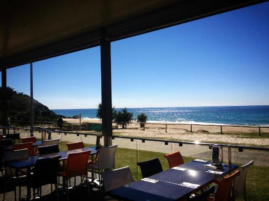 North Burleigh Surf Life Saving Club - Food Delivery Shop