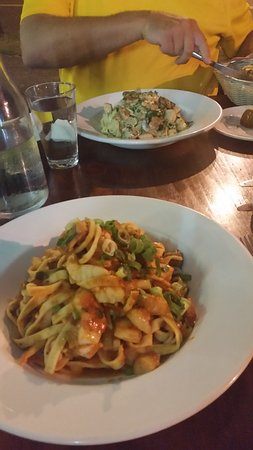 Holloways Pizza and pasta - Food Delivery Shop